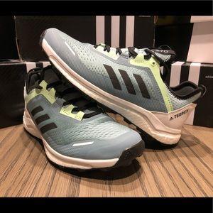 NEW Adidas Women's Terrex Agravic Flow Ash Grey